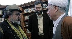 محمدرضا شریفی نیا: در زندان با آیت الله رفسنجانی همسایه بودم/گفتگو با بازیگر نقش اِبی در معمای شاه/رادیو پلاس