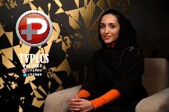 هدیه تهرانی جذاب ترین زنیست که می شناسم/ دوست ندارم برای بالا بردن سنم موهایم را رنگ کنم/ چوب بیبی فیس بودنم را خوردم/ قسمت دوم گفتگوی خاطره اسدی در مادمازل
