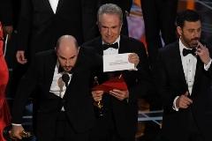 پایان مراسم اسکار با یک اشتباه عجیب