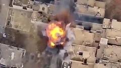 لحظه انفجار سرباز عراقی که خود را داخل خودرواش منفجر کرد+فیلم