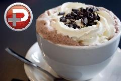 یک نوشیدنی دلچسب در هوای سرد زمستان/ آموزش ترفندهای درگوشی تهیه شکلات داغ