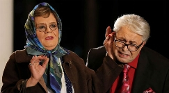 عصبانیت همسر اکبرعبدی به شایعه فوت شوهر ستاره اش/دروغ گویان فضای مجازی باز هم حادثه ساز شدند