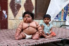 سنگین ترین دختر بچه 8 ماهه را ببیند