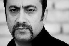رضا یزدانی در سوگ هنرمند فقيد عارف لرستانی در تالار وحدت خواند