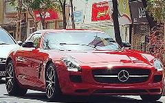 دزدیدن ماشین گرانقیمت بخاطر رفتن به عروسی!!