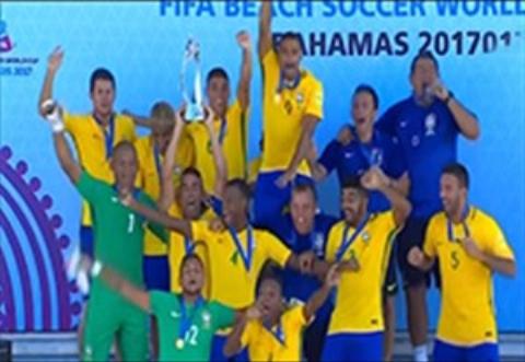 مراسم اهدای مدال و جام فوتبال ساحلی/ سکوی سوم جهان