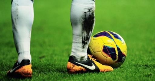 درگیری شدید فوتبالیست سرشناس در اتوبان یادگار/ شکست دماغ و استفاده از شوکر، جرم آقای فوتبالیست!