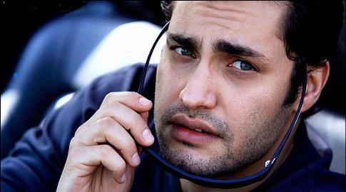 گارسونی بازیگر سرشناس ایرانی در یک رستوران ایتالیایی/داستان سوتی امیرمحمدزند در یک بانک خارجی و پلیسی که از خنده ریسه می رفت/لطفا این فیلم را به همسر آینده ام نشان ندهید/اولین ها با امیرمحمدزند