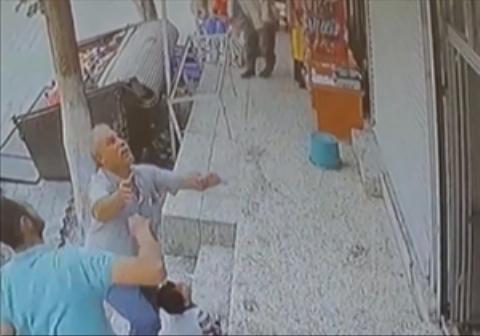 لحظه نجات دختربچه دو ساله در ترکیه