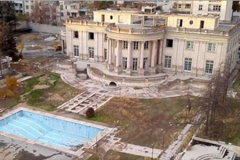 دعوا بر سر مسجد شدن یا نشدن کاخ معروف تهران