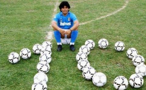 لحظات تلخ خداحافظی اسطوره های فوتبالی
