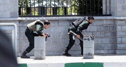 داعش، حاصل مذاکره روحانی با آمریکا/ یادداشت تند کیهان علیه دولت