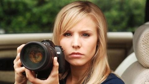 شوخی عجیب دختر با نامزد خودش برای فیلم گرفتن با دوربین گوشی