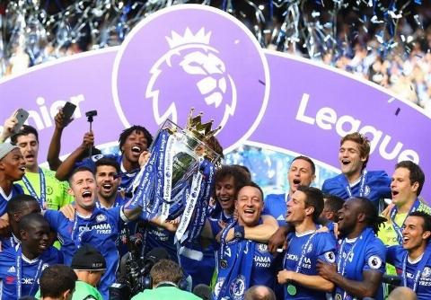 جشن قهرمانی چلسی در لیگ برتر انگلیس