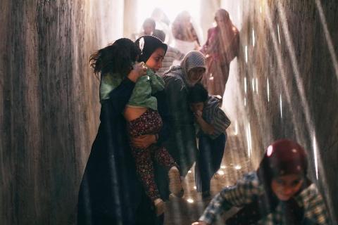 ساخت و ساز فیلم پرطرفدار جشنواره فجر،  بر اساس عکس های عکاس انگلیسی