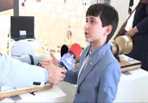 دعوت رئیس نمایشگاه هوایی ماکس از نابغه ۱۰ ساله ایرانی