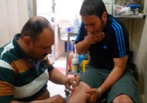یک پزشک وقتی با آه و ناله بیمار خود روبرو شد وی را مورد ضرب و شتم قرار داد
