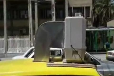 ابتکار جالب یک راننده تاکسی برای فرار از گرما در زابل!