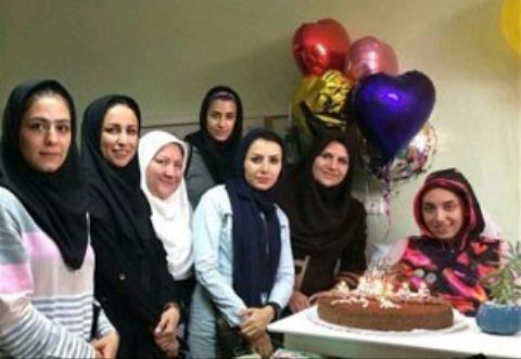 جشن تولد کیمیا علیزاده در بستر بیماری