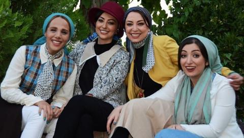 عکس هایی که باعث ممنوع التصویری مجری زن تلویزیون ایران شدند: مگر عکس بی حجاب انداختم که این اتفاق افتاد؟/گفتند قصد نداری مجری شبکه جم شوی؟/شیرین صمدی در گفتگو با تی وی پلاس مطرح کرد