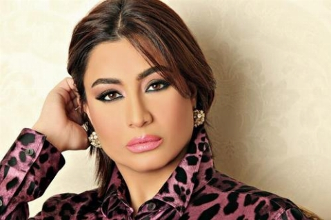 دعوت مجری بیحجاب به رعایت حجاب در برنامه زنده