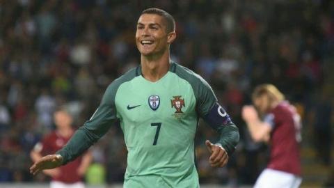 روسیه ۰ - ۱ پرتغال؛ پیروزی مقابل میزبان با درخشش رونالدو