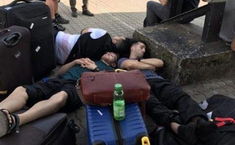 تصویری دردناک از خیابان خوابی ستاره های تیم ملی ایران خارج از کشور