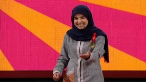 توهین شرمآور دختر کمدین خندانندهشو به مردم ایران