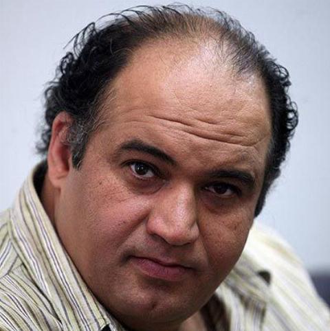 پاسخ کنایه آمیز مهران مدیری به گلایه های بازیگر قهوه تلخ روی آنتن تلویزیون
