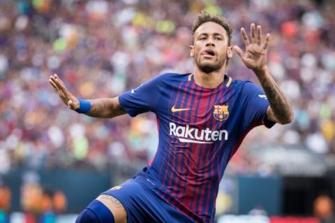 گران ترین فوتبالیست دنیا پا را از گلیمش درازتر کرد!/ خواسته عجیب نیمار از مولتی میلیاردر قطری