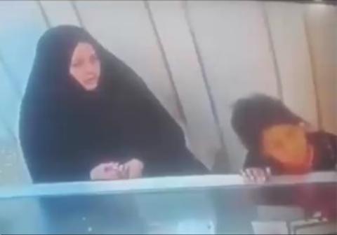 شگرد خاص زن سارق و دخترش برای سرقت از طلافروشی