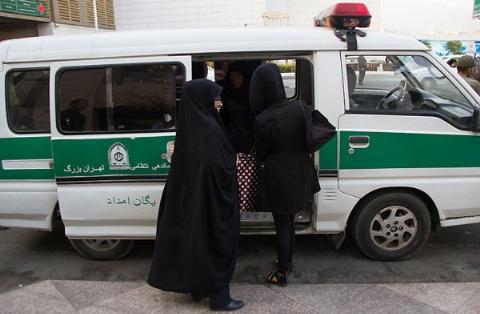 مامور قلابی گشت ارشاد به دختر جوان تجاوز کرد
