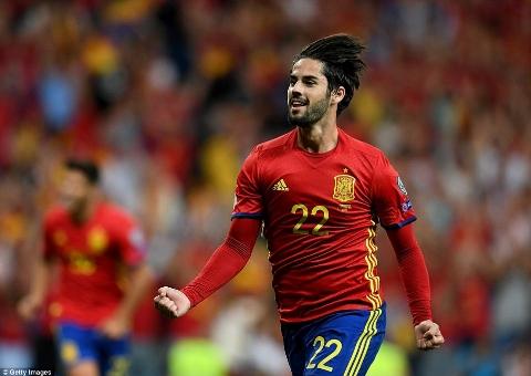 اسپانیا ۳ - ۰ ایتالیا؛ قدرت نمایی لاروخا در شب جادویی ایسکو