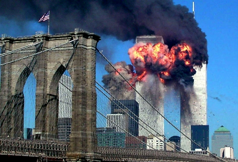 سندهای افشاگرانه ای که دست آمریکایی ها را در حادثه 11 سپتامبر رو کرد؛ فروریختن برج های دو قلو براثر آتش سوزی غیرممکن است!