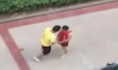 کتک خوردن مرد غول پیکر از قهرمان کیک بوکس ریزجثه!/عاقبت دردناک قضاوت اشتباه از روی ظاهر