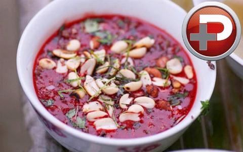 غذا حاضر است: سوپ خون خام میل دارید یا قلب مار کبری؟!/ غذاهایی که دل و روده تان را بهم می ریزند