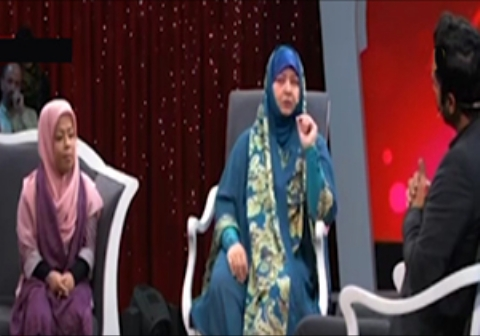 صحبتهای توهین آمیز مادرشوهر ایرانی درباره عروس خود در برنامه تلویزیون!