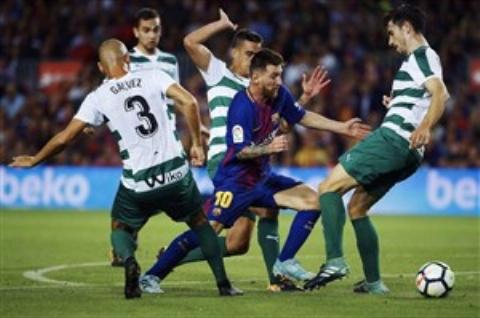 بارسلونا ۶-۱ ایبار؛ آتش بازی در نیوکمپ با ۴ گل مسی