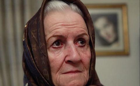 دلواپسی خانم بازیگر از مرگ غریبانه: می ترسم هیچکس نباشد سنگ روی قبرم را بگذارد