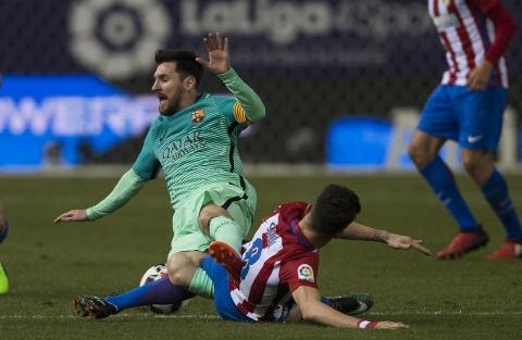 اتلتیکو مادرید ۱ - ۱ بارسلونا؛ سرانجام ترمز آبی و اناری پوشان کشیده شد