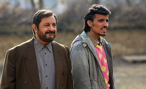 خانه نشینی غم انگیز بازیگر تلویزیون ایران: هیچ کس سراغم را هم نمی گیرد