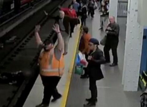 اقدام عجیب یک مسافر، جان ۶ نفر را به خطر انداخت