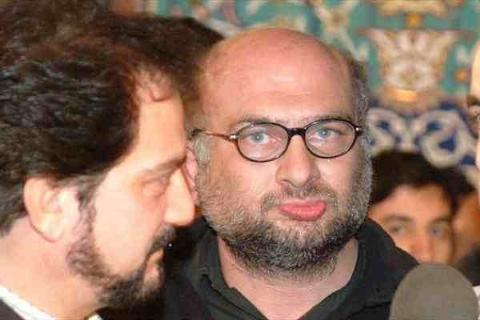 حمله لفظی روحانی سرشناس روی آنتن به  آقای دوربینی: اخراجش کنید از جلسه من!