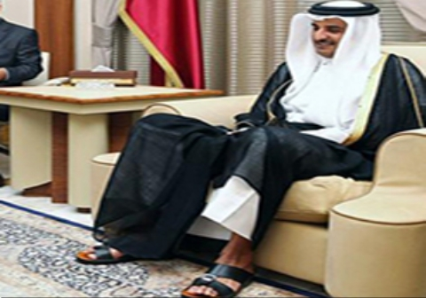 دمپاییهای امیر قطر در دیدار ظریف حاشیه ساز شد!