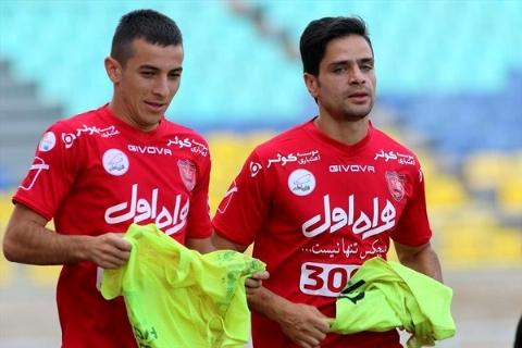 قلیان کشیدن بازیکنان پرسپولیس به خودشان مربوط است!/برانکو اجازه داد در دوبی بمانند