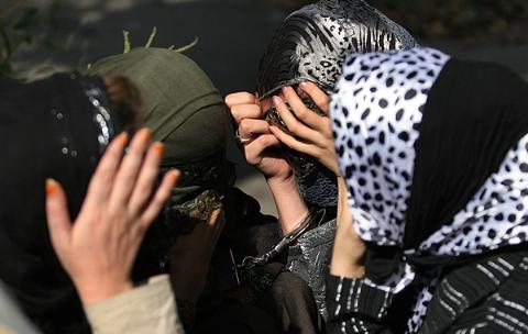 حُکم سنگین دادگاه برای عاملان باند قاچاق دختران ایرانی