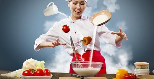شکستن ناگهانی ظرف غذا حین آشپزی در برنامه زنده + فیلم