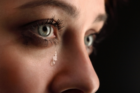 تجاوز خواننده مشهور رپ ایرانی به دختر 16 ساله: دختران دیگری هم قربانی این شیطان شده اند
