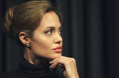 جواب مثبت بازیگر زن سرشناس به درخواست ازدواج تاجر انگلیسی لو رفت