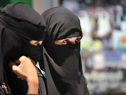 طلاق زورکی زن عربستانی از همسرش: مسئولان عربستان اجبار کردند باید درخواست طلاق بدهی